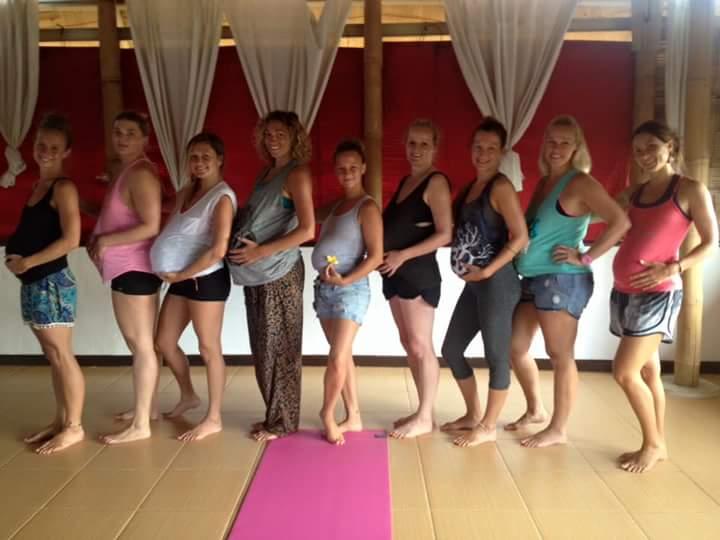 Schwangerenyoga (Prenatal Yoga)